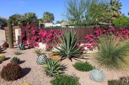 41 simple and beautiful front yard landscaping ideas on a budget