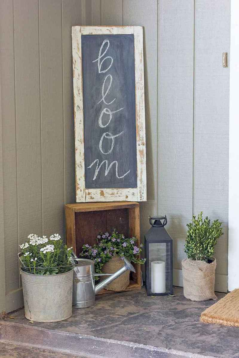 19 beautiful spring front porch decorating ideas