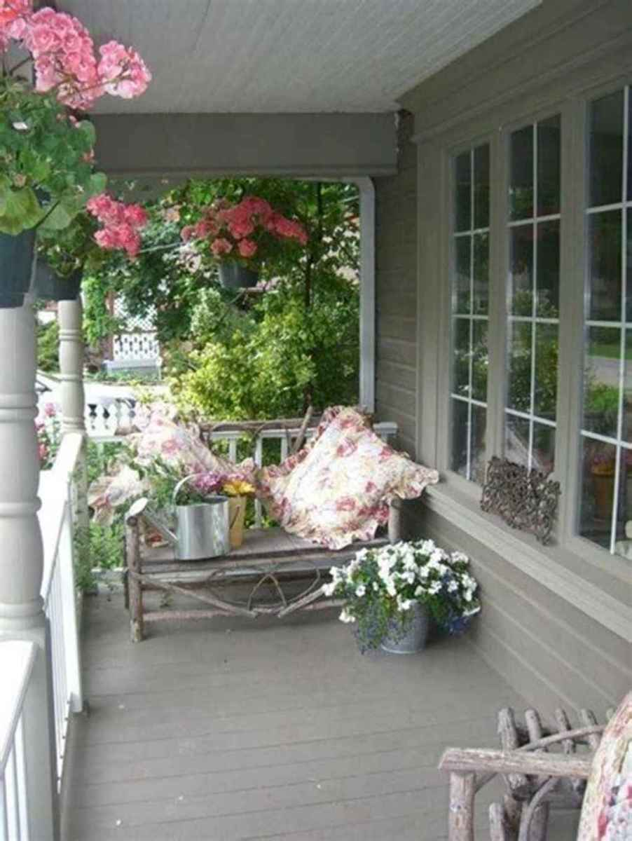 44 beautiful spring front porch decorating ideas