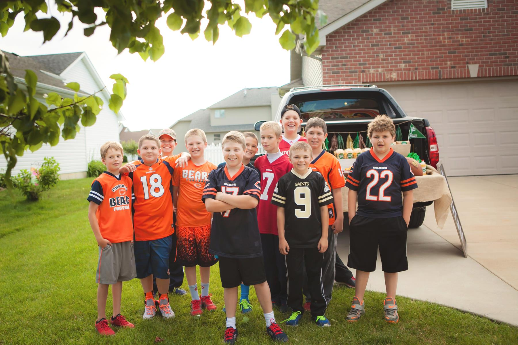 It S Tailgate Time Football Party Ideas