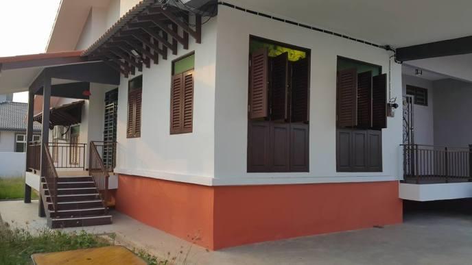 HOMESTAY MELAKA MASAM2MANIS Rekabentuk Rumah Melayu Melaka bercirikan moden
