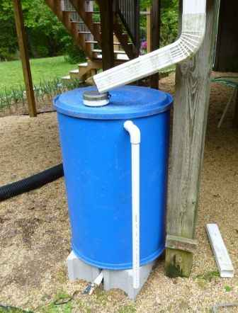 10-genius-homestead-uses-for-55-gallon-plastic-barrels