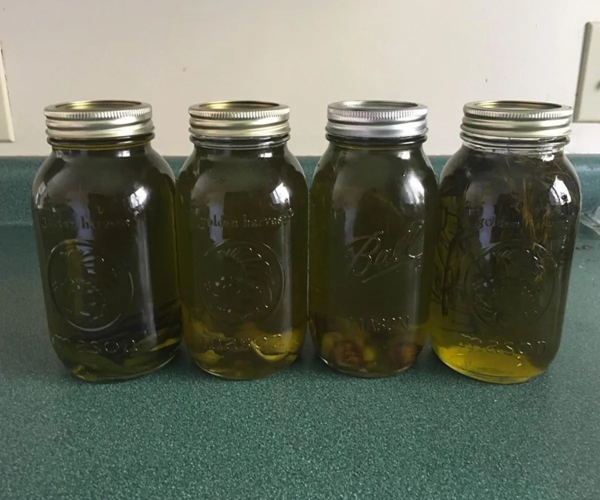 How to Infuse Olive Oil: Cold Infusion