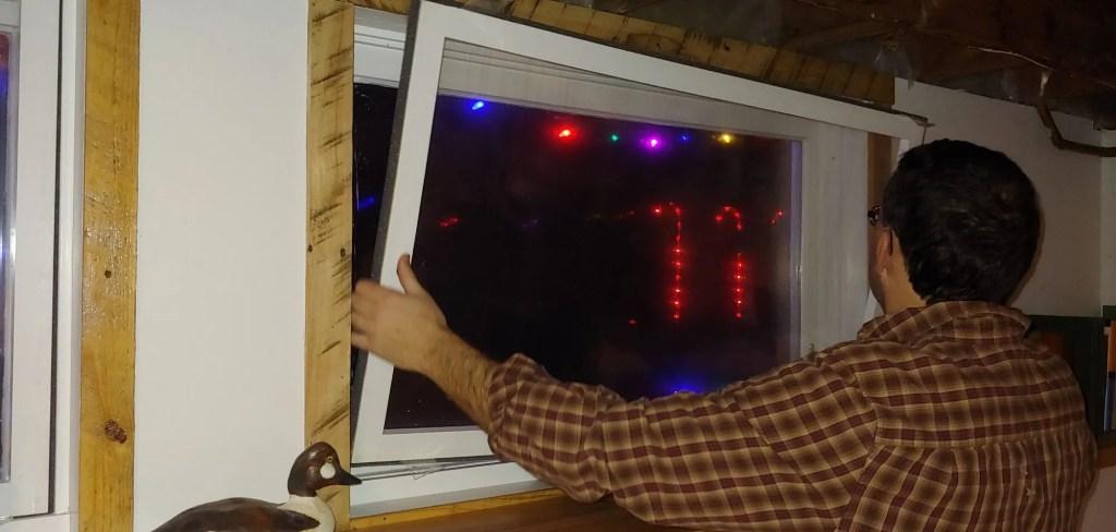 Installing your storm window