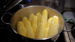 steaming corn on the cob