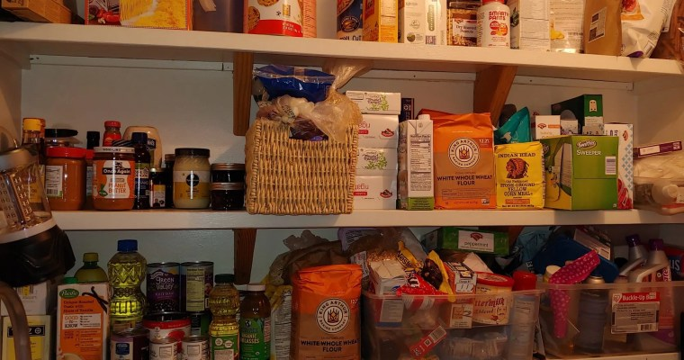 How to Stock a Self-Reliant Pantry