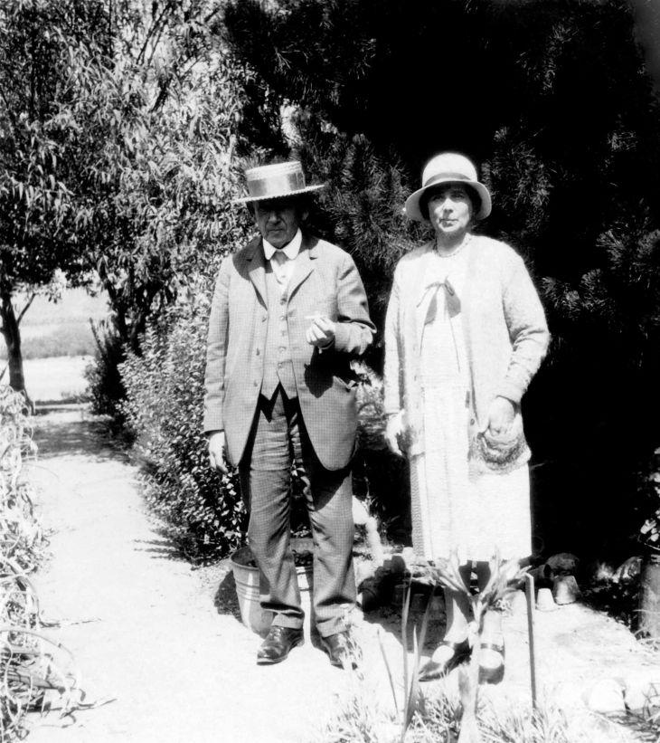 Unknown Older Couple In A Garden 96.7.28.4