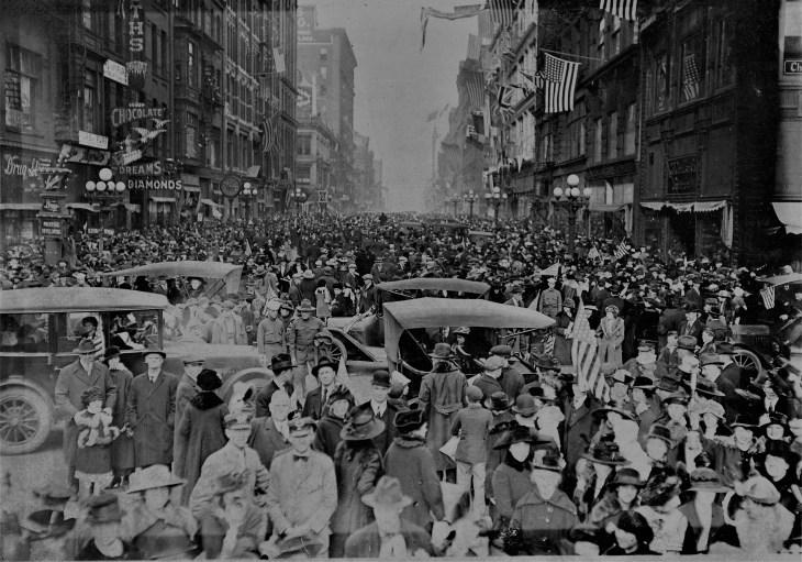 Armistice Day downtown LA 1918