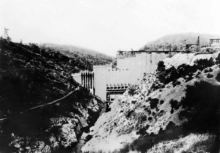 Photograph Construction of St Francis Dam 2005.376.1.1