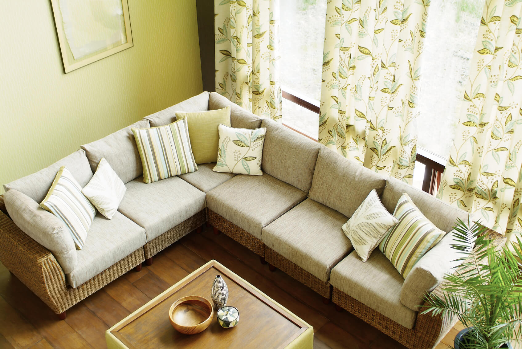 how much does a living room cost