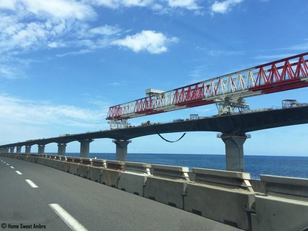 Construction aux abords de la N1 - La Réunion