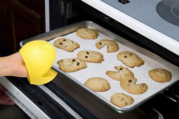 Pac-Man Oven Mitts