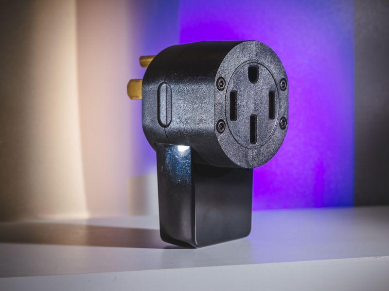 Wallflower smart home plug