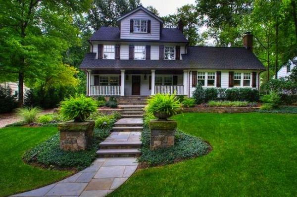 Front yard landscaping (5)