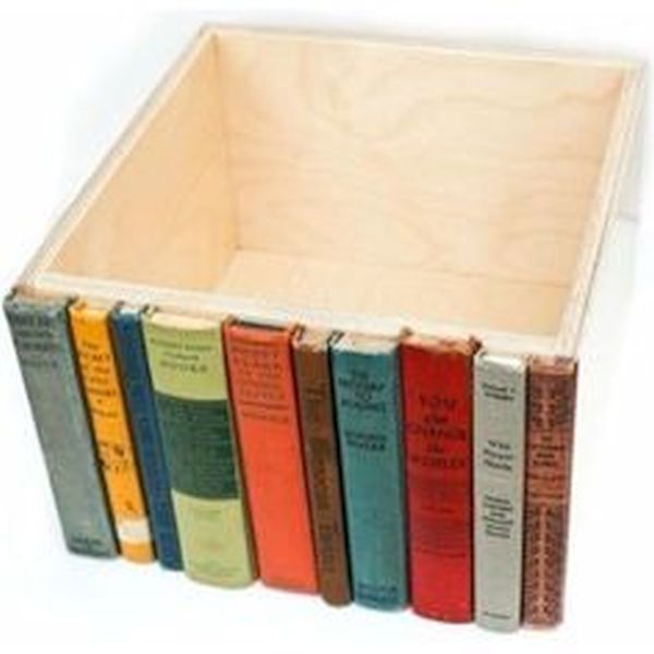 Hidden bookshelf storage