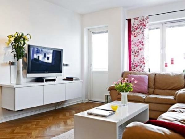 small beautiful room_2