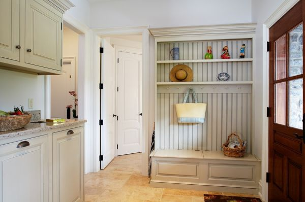 ideal mudroom (2)
