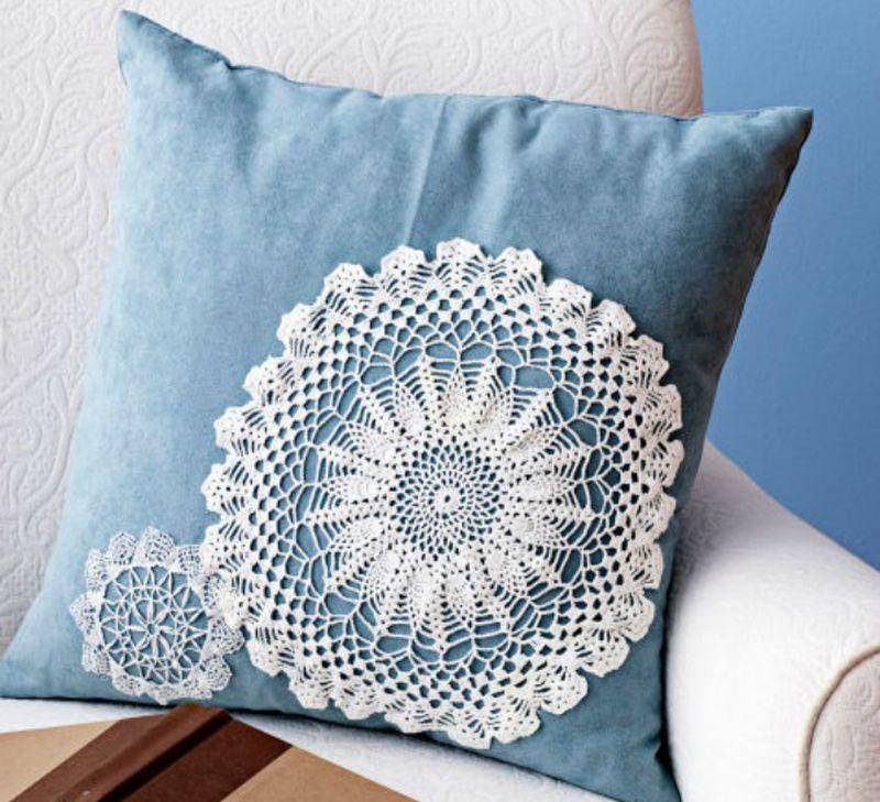 Doily pillow