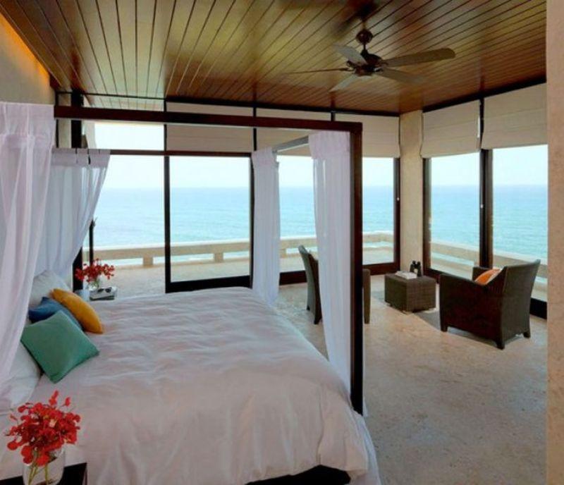 sea side home