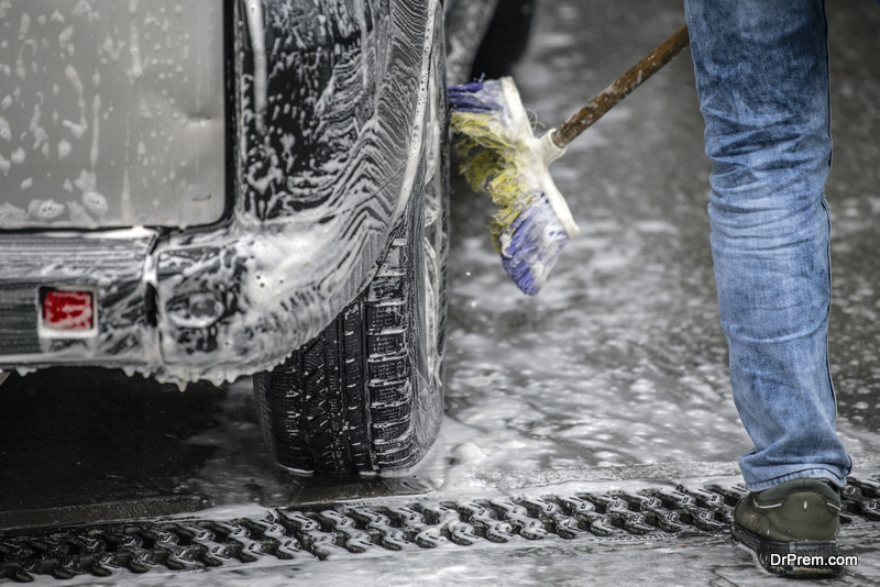 washing-the-truck