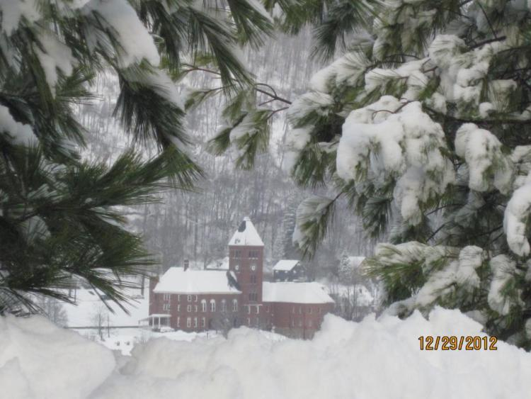 Winter picture of Court House