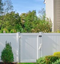 Awesome Garden Fencing Ideas For You to Consider 34