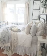 Bedroom Decoration ideas for Romantic Moment 5