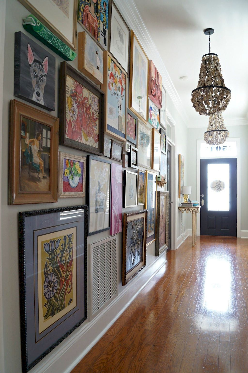 Wall Gallery005