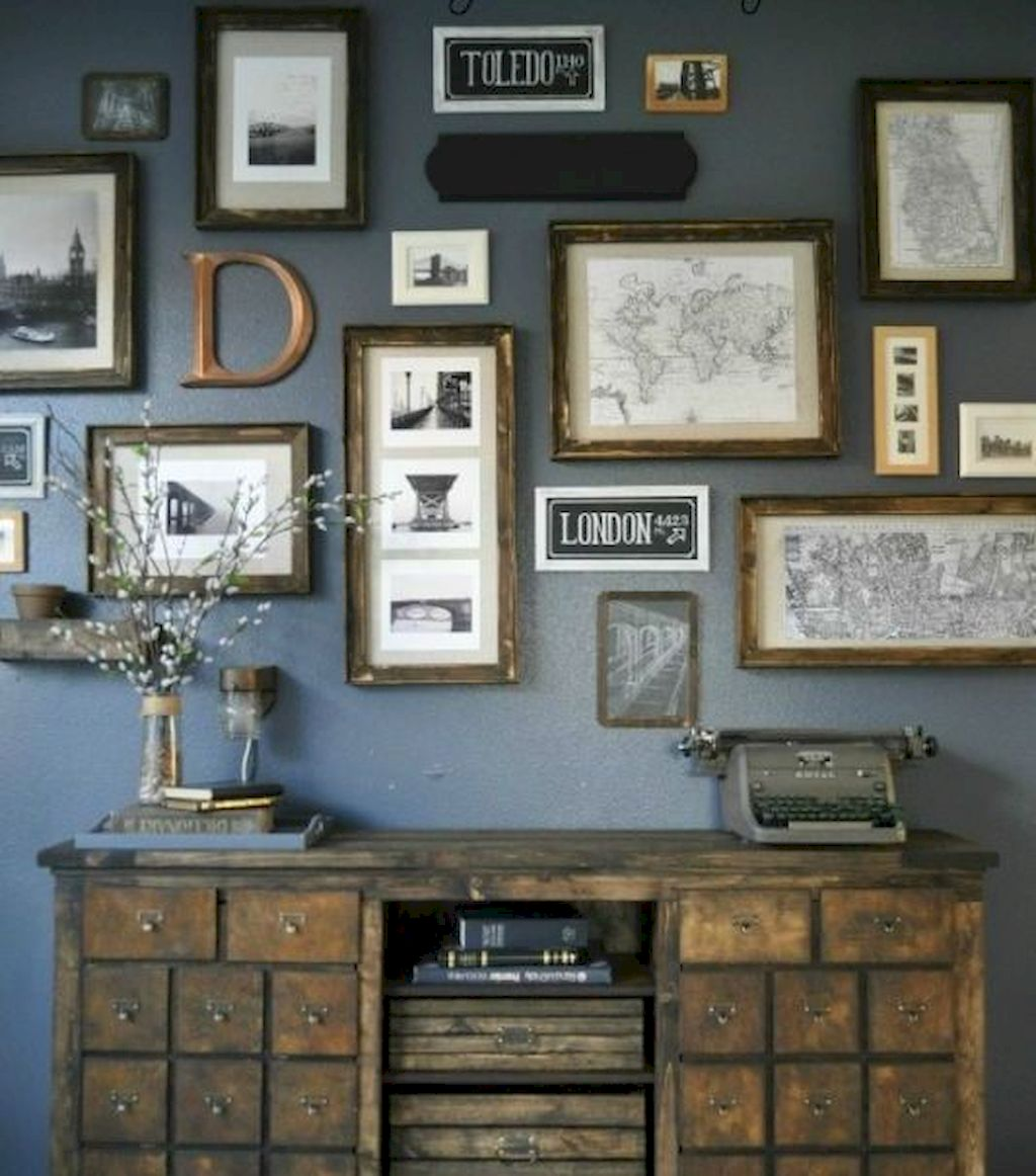Wall Gallery063