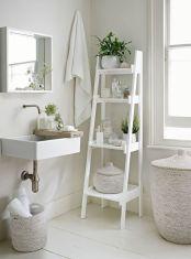 Extraordinary White Bathroom Ideas 78