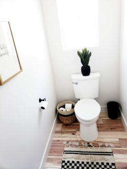 Extraordinary White Bathroom Ideas 9