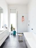 Extraordinary White Bathroom Ideas 35