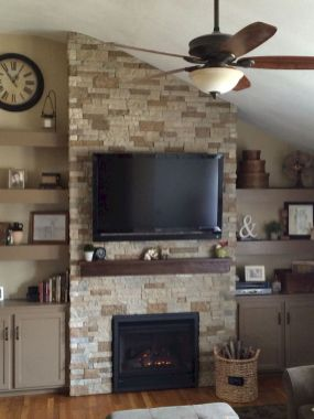 50 ++ Amazing Living Room Designs With Floating Shelves 178