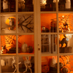 Vintage Halloween Decorating Farmhouse For Spooky Home 11