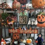 Vintage Halloween Decorating Farmhouse For Spooky Home 39