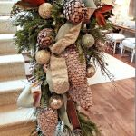 Brilliant Christmas Garland Decorating Ideas 073