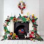 Brilliant Christmas Garland Decorating Ideas 235