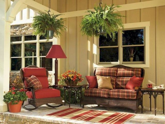 Rustic Style Front Porch Decoration Ideas 2