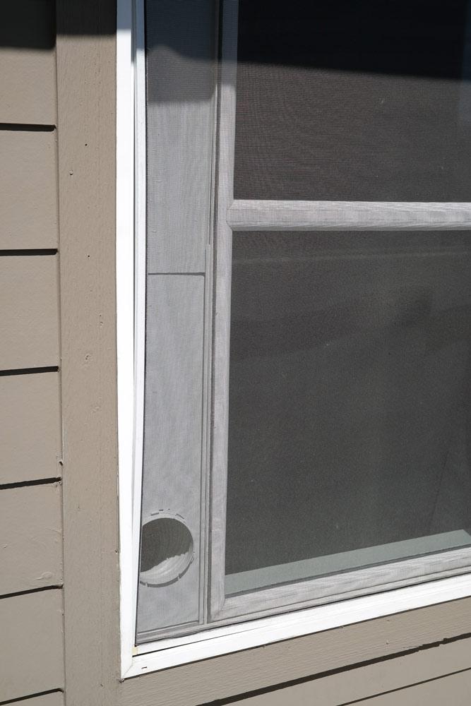 keystone_ac_outside_the_window