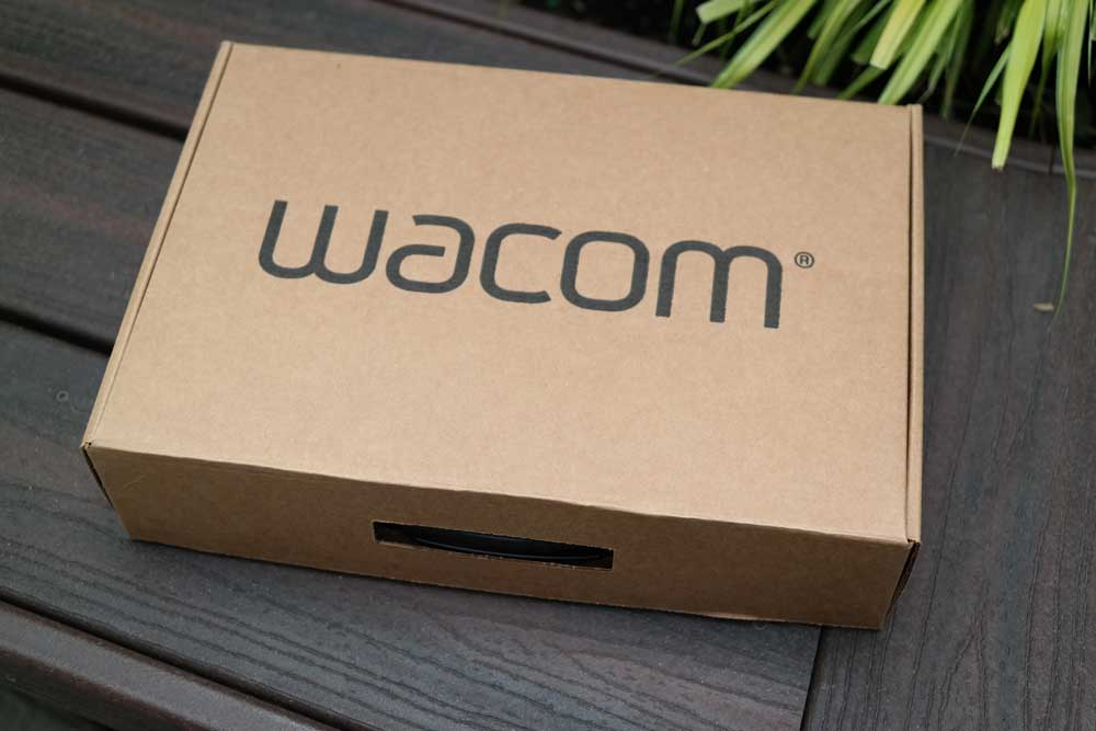 wacom_pro_unboxing_refurb_ships_in_new_box