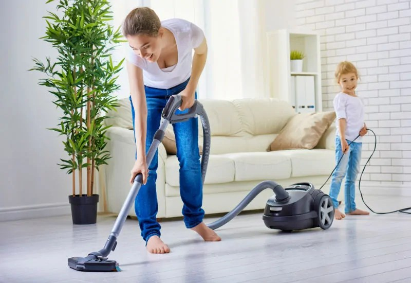 Vacuuming Hardwood Floors – Top Tips to get it right