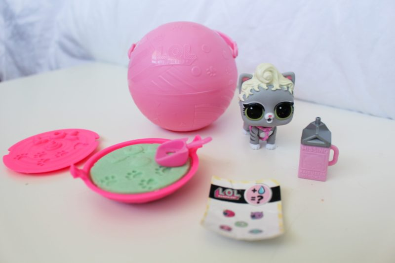L.O.L Surprise! Confetti Pop, Pets, and Pearl Surprise Review