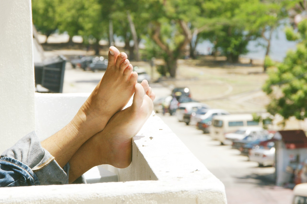 How to Get Your Feet Summer Ready in the Comfort of Your Home
