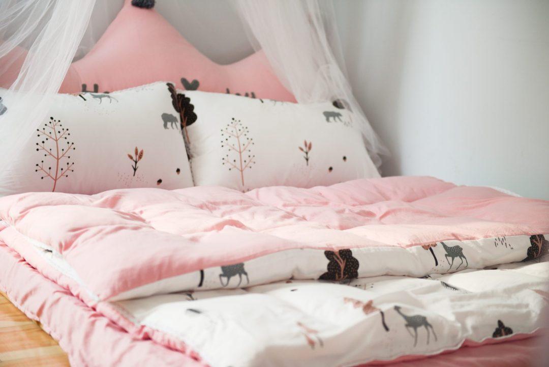 Kids Sleep Routine Tips + Bedtime Chart