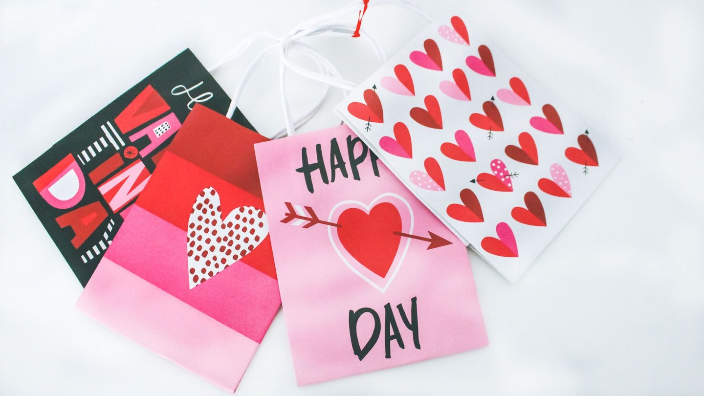 Last-Minute Valentine's Day Gifts + Giveaway