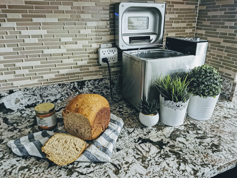 Hamilton Beach Premium Dough and Bread Maker Review