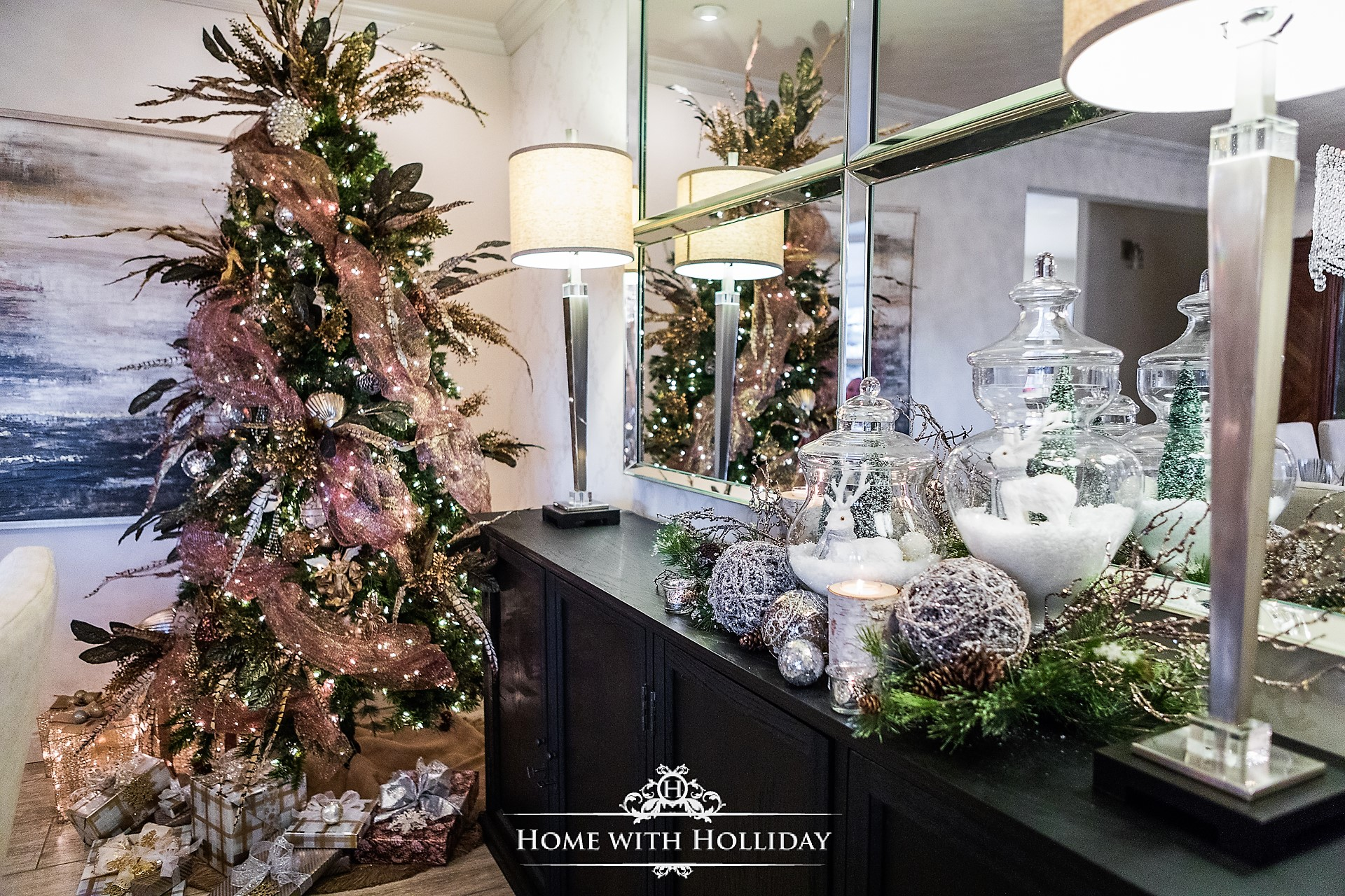 Winter Glam Dining Room Christmas Decor