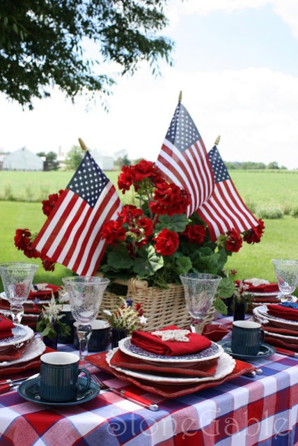 Patriotic Decor Inspirations - Home with Holliday