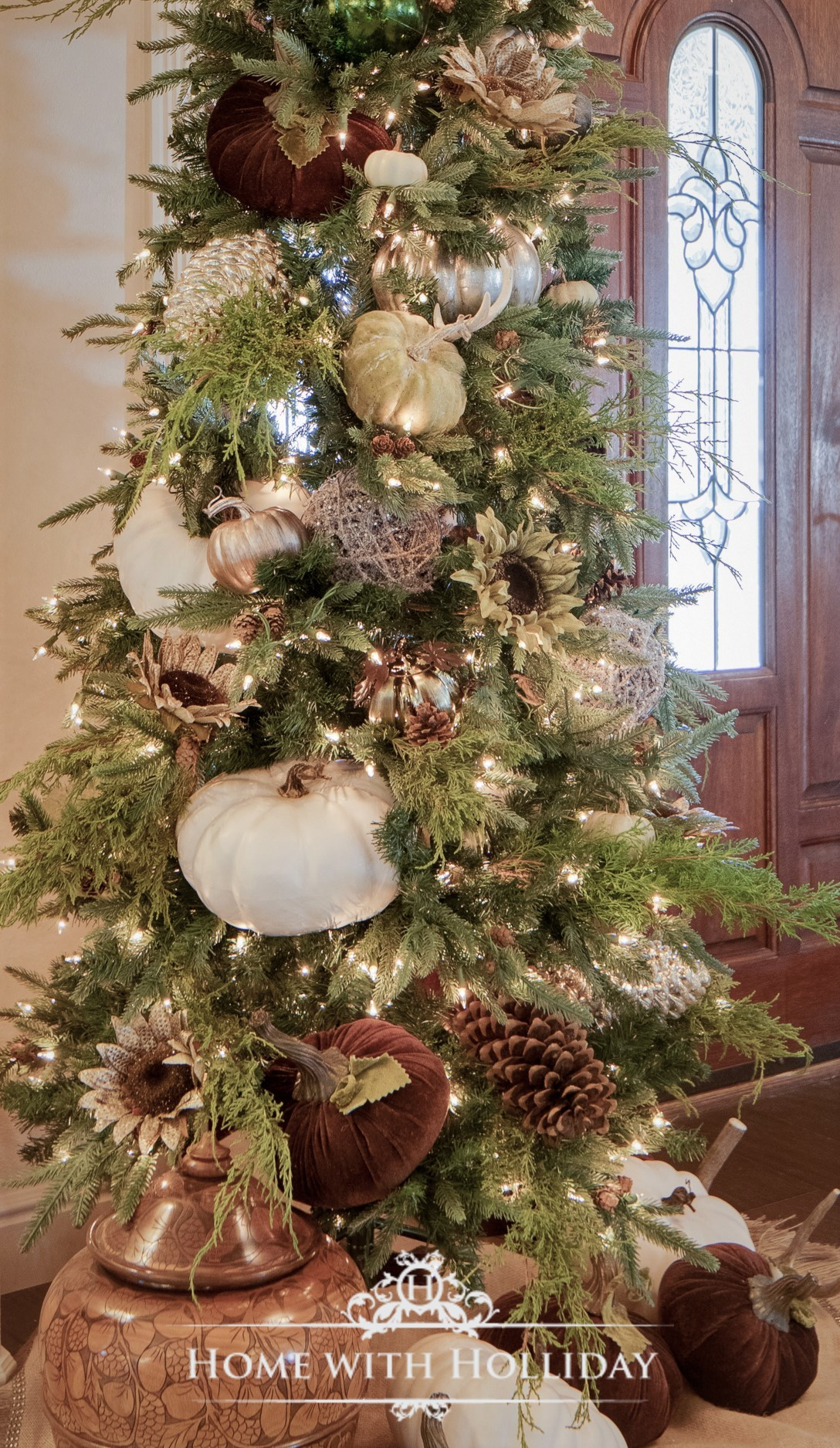 My Top Ten Posts of 2018 - My Simple Thanksgiving Tree with Pumpkins - Home with Holliday