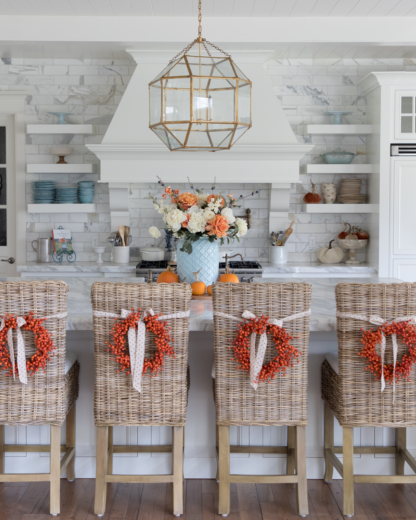 Holiday Hosting at Home - Creative Ideas and Recipes for Thanksgiving and Christmas